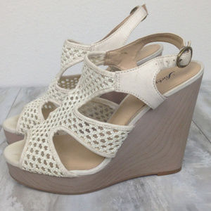 Lucky Brand Wedge Sandals 8.5